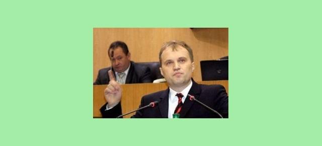 О доверии властям на 25.12.13 г. (суммированные итоги опроса)